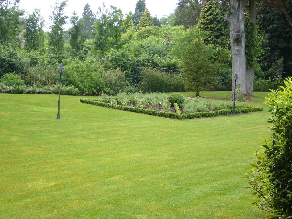 Jardins (Aménagement & Entretien de) - Decovert - 1