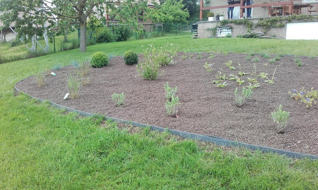 Jardins cr ations billy herve t l 0472604 for Entretien jardin emploi
