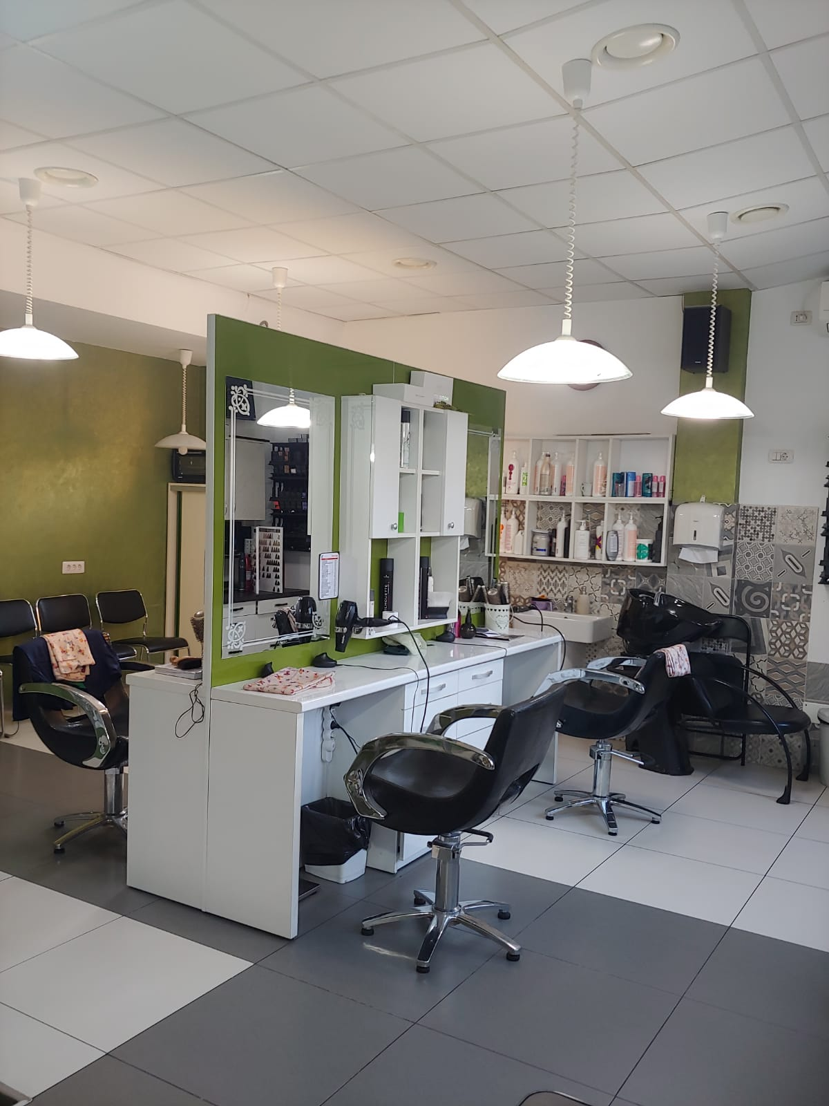 Salonul Verde Srl Piatra Neamt Tel 0748 037 Saloane