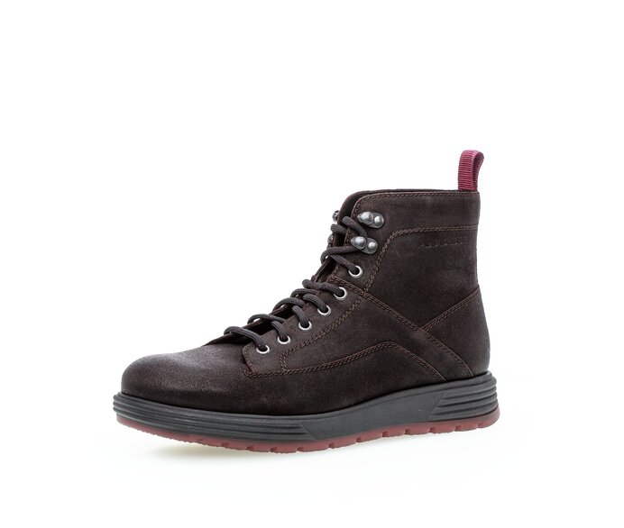 Prečo by mala byť pánska obuv kvalitná?