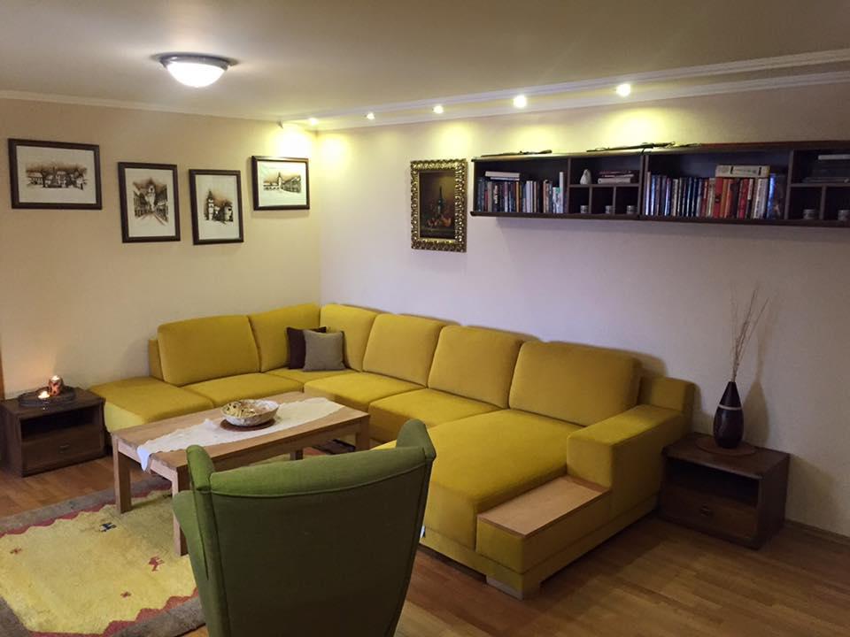 Čo zvážiť pri výbere tej správnej sedačky do vašej obývačky